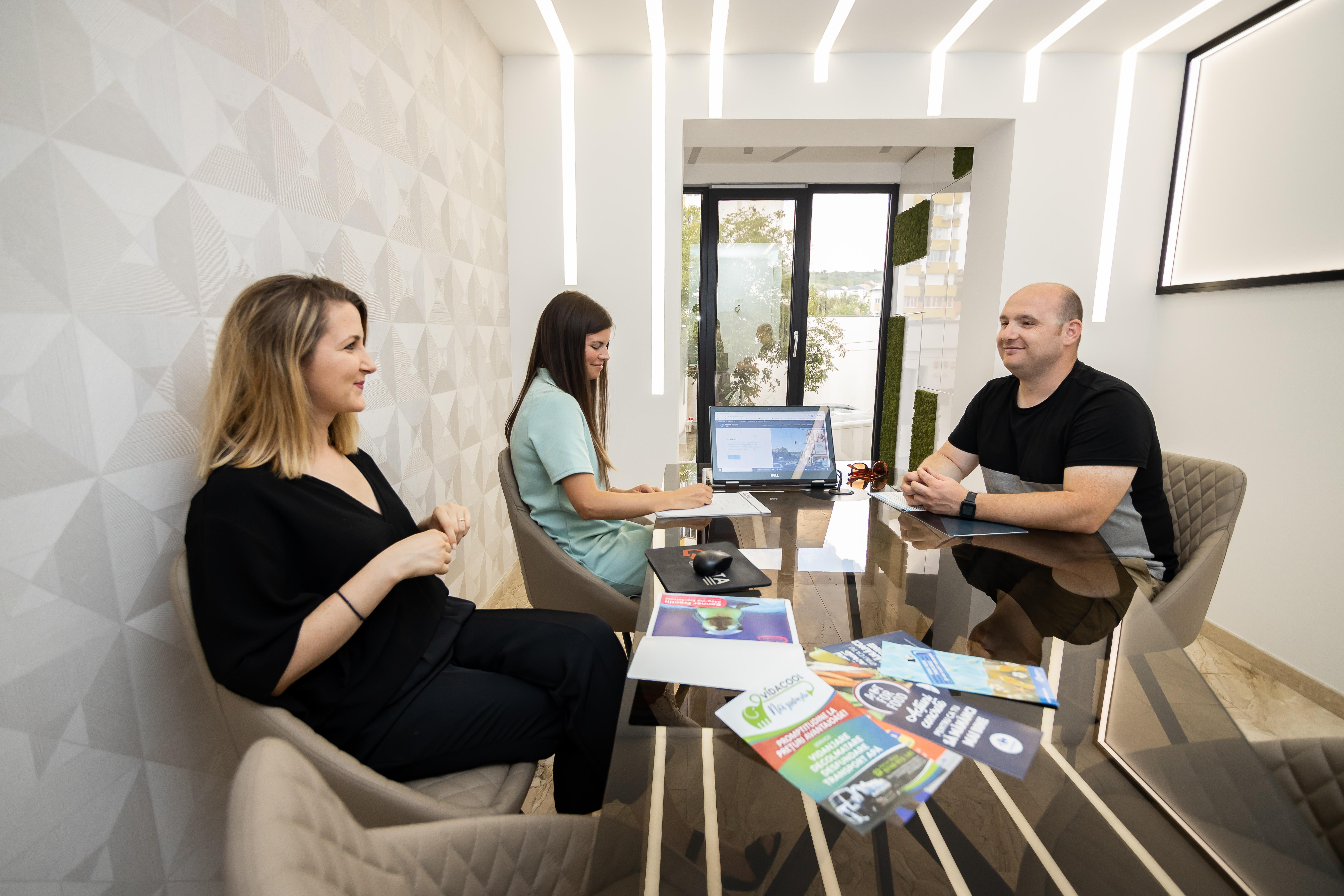 Prezentarea ofertei la birou clientului