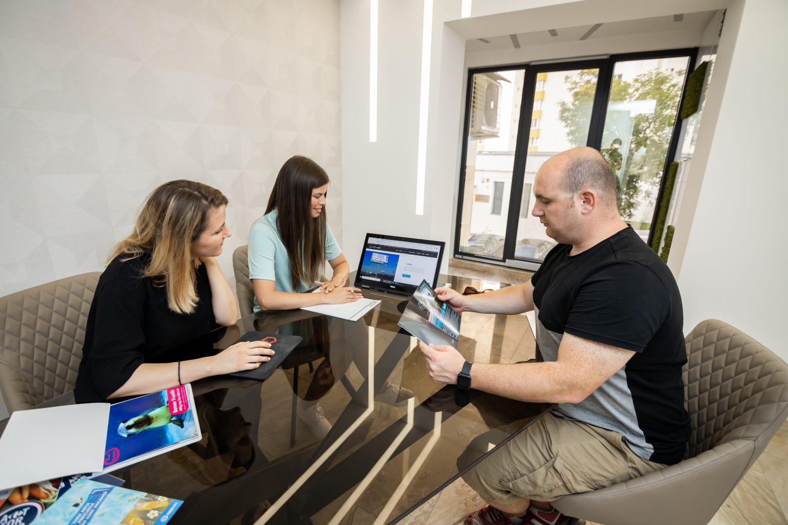 Planificare in sediul PentaMedia