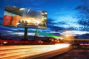 publicitatea stradala - panouri publicitare pe autostrada